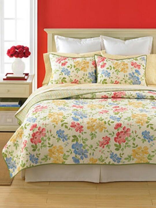 martha stewart dorset flowers quilt beautiful pinterest. Black Bedroom Furniture Sets. Home Design Ideas