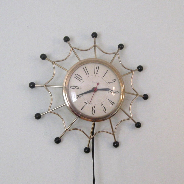 starburst spider-esc clock!!!!! | wish list | Pinterest