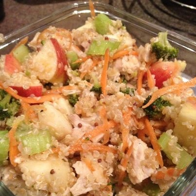 ... : Quinoa, Chicken and Veggie Salad with Applewood Smoked Cheddar