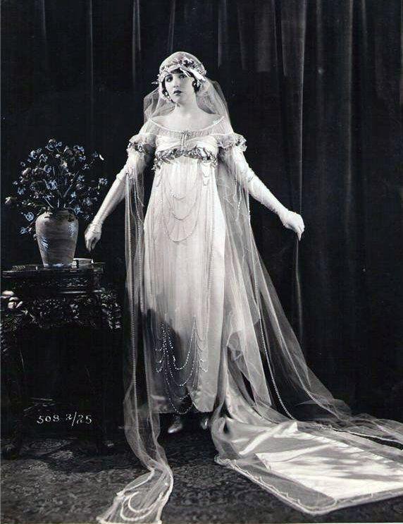 1920s Bride Bebe Daniels