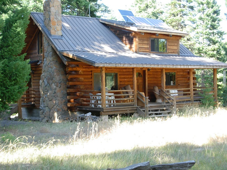 Cute little cabin cabins pinterest for Cabin in the woods oregon