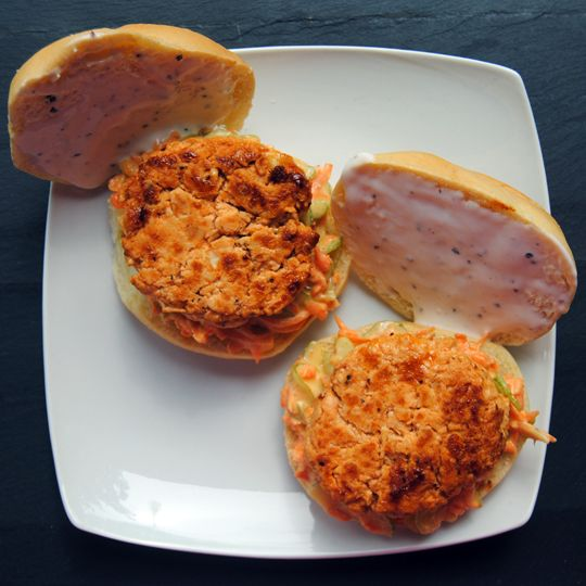 ... Blog: Buffalo Chicken Sliders with Celery Slaw and Peppercorn Ranch