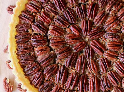 Maple Bourbon Pecan Pie | Pie in the sky.. and cobblers and such | Pi ...