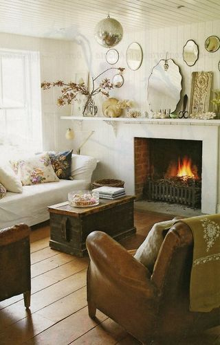Country Home Living Room With Fireplace Rustic Country Homes Pi