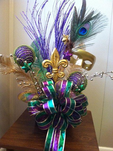 Masquerade Table Decorations Mardi Gras Centerpiece Idea | Mardi Gras Decorations | Pinterest