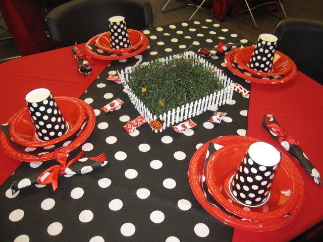 just the table cloth don t like the cups to much lady bug lmao