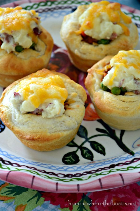 Mini Shepherd Pies | Recipes I want to try | Pinterest