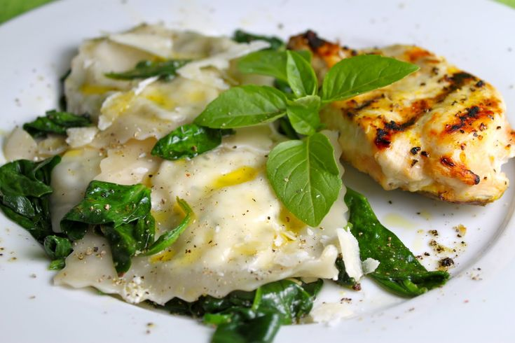 Ricotta and herb ravioli with spinach and pine nuts ...
