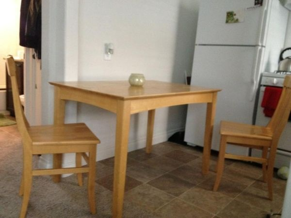 Dining Room Table With 2 Chairs To Match