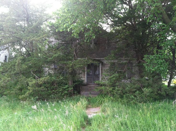 House in the middle of the aspiring ghost town of Ulysses, Nebraska