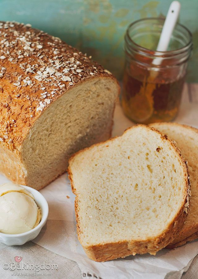 Honey Oat Bread by Bakingdom. I've been wanting to make some tasty ...
