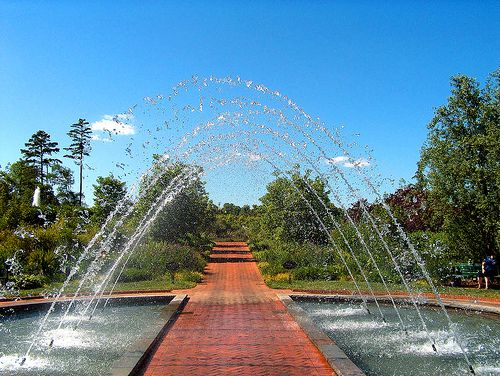 Pin By Dreaming 58 On Fountains Drinking Fountains And Peers Pinte