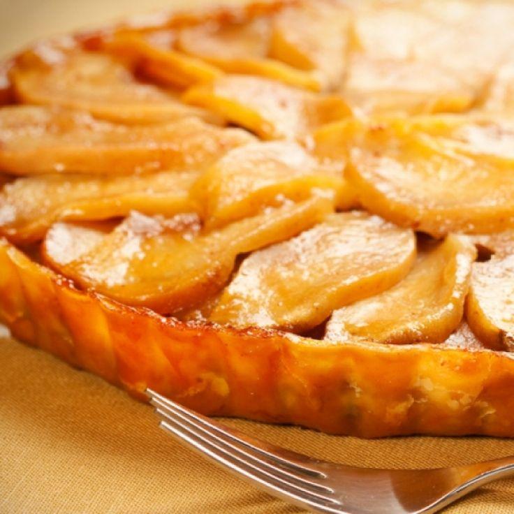 apple tart recipe with a delicious caramel sauce.. Caramel Apple Tart ...