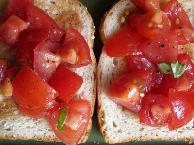 tomatoes on toast | general recipes | Pinterest