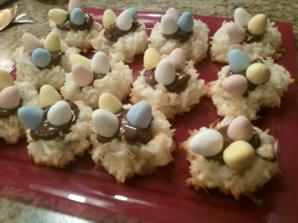 Easter Macaroon Nutella Nest Cookies! | Recipes | Pinterest
