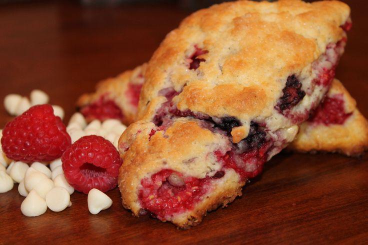 Raspberry White Chocolate Scones | Breakfast Foods/Brunch | Pinterest
