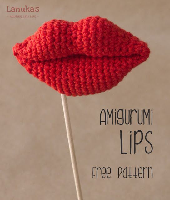 """Lips are the fingerprints of love."" -- free pattern alert! In Spanish AND English! Woot! Amigurumi lips! #crochet"