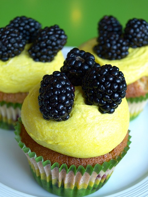 Blackberry cupcake, Bleeding Heart Bakery, Chicago