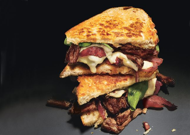 Grilled Cheese and Short Rib Sandwiches with Pickled Caramelized Onio ...