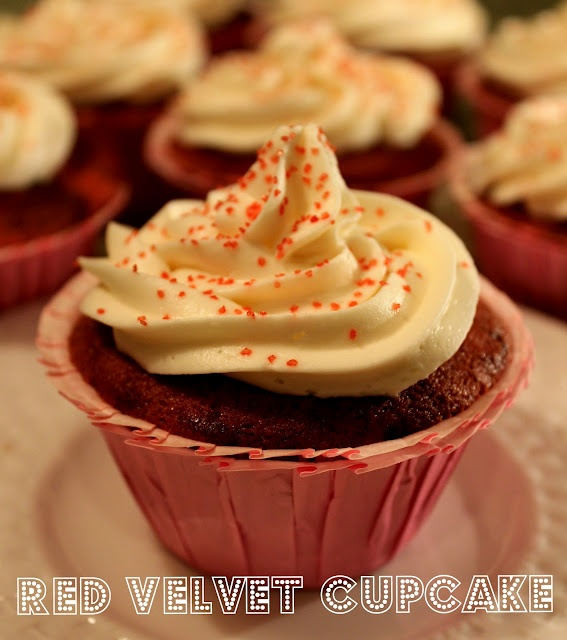 Red Velvet Cuppy Cake with Cream Cheese Frosting
