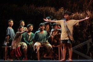 Contoh Naskah Drama Untuk 9 Orang Contoh naskah play singkat untuk 8