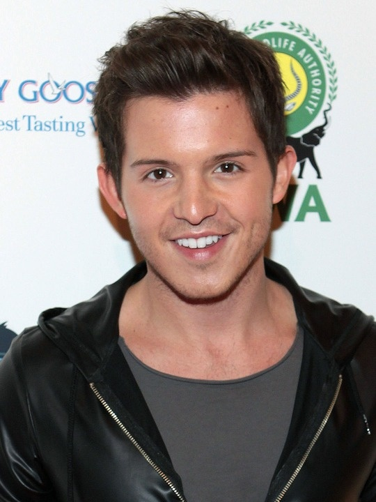 Simon Curtis Net Worth