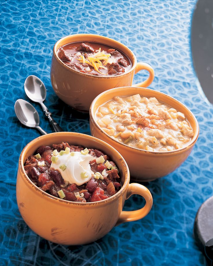 Traditional All-American Chili really delivers a hearty flavor. This ...