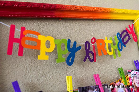 Rainbow Clothespin Picture Frame | Rainbow Art Party | Pinterest