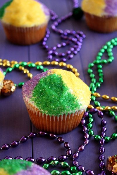 Mardi Gras Cupcakes | Designer Cupcakes | Pinterest
