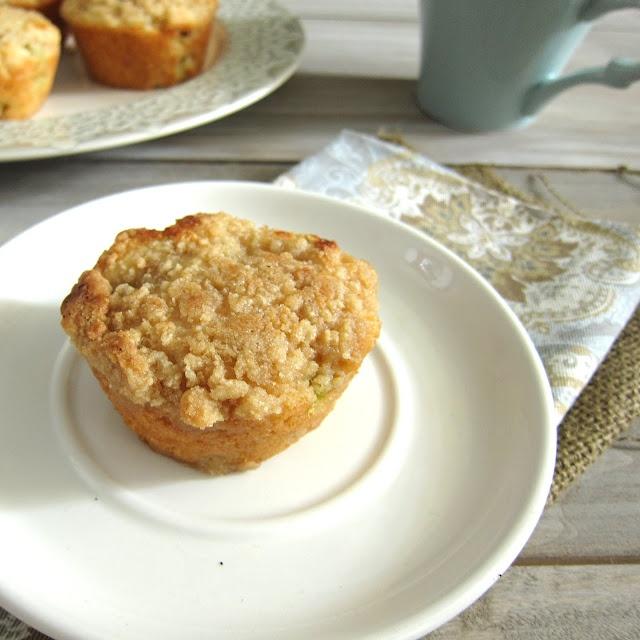 Rhubarb Streusel Muffins | Streusel | Pinterest