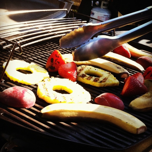 Grilled fruit at Weber's Grilled Desserts 101 class. #chillandgrill