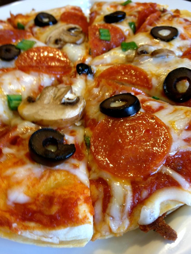 Genius! Pizzadilla! (pizza quesadillas) Easy, fast and tasty!