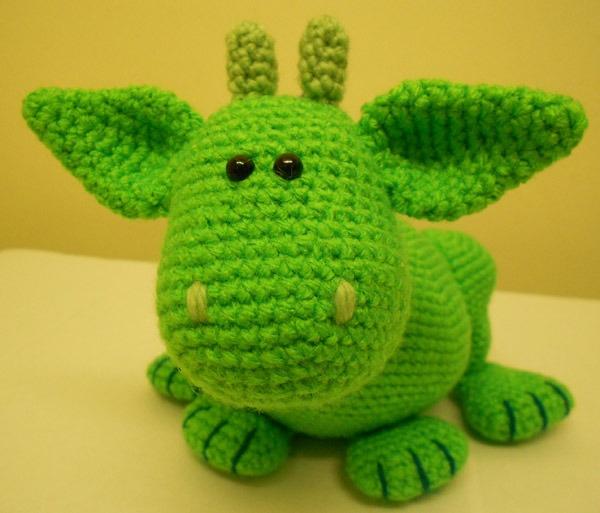 Green Dragon Amigurumi Pattern : dragon Cute Amigurumi Pinterest