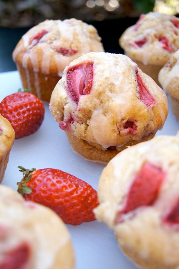 Strawberry Muffins with Lemon Glaze | Lemon Goodies | Pinterest
