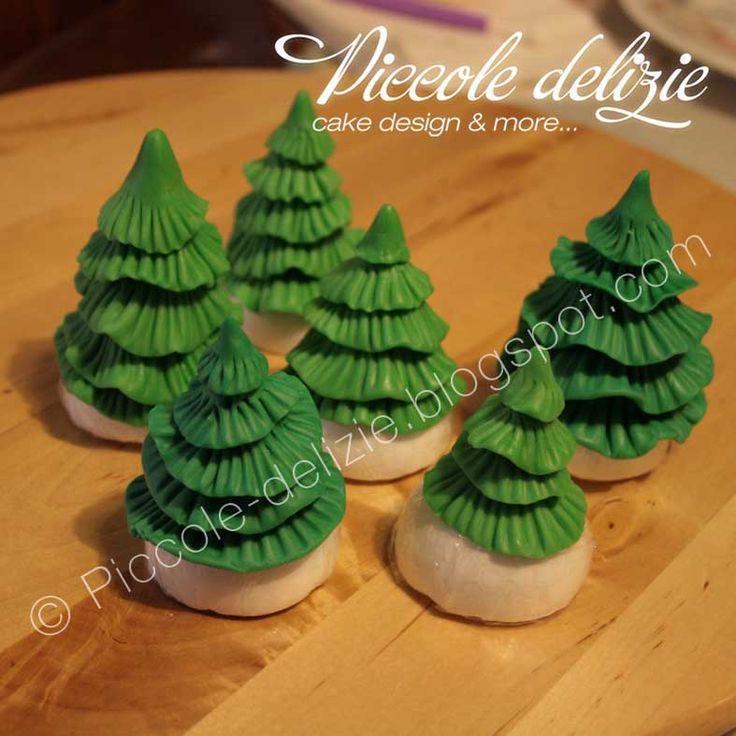 Christmas Tree Fondant Tutorial | Chubby Cakes | Pinterest