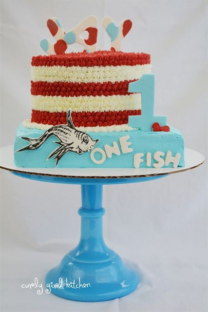 I like the stripes and textured frosting on a round cake. Curly Girl Kitchen: Dr. Seuss Cake and Cupcakes