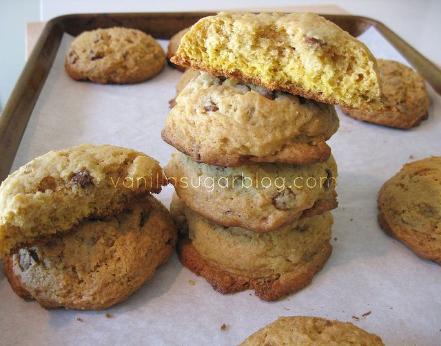 Pumpkin Butter + Cinnamon Chip Cookies | Desserts = most important me ...