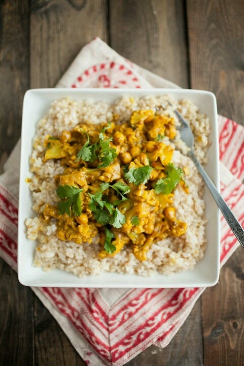 Cauliflower & chickpea curry | recipes | Pinterest