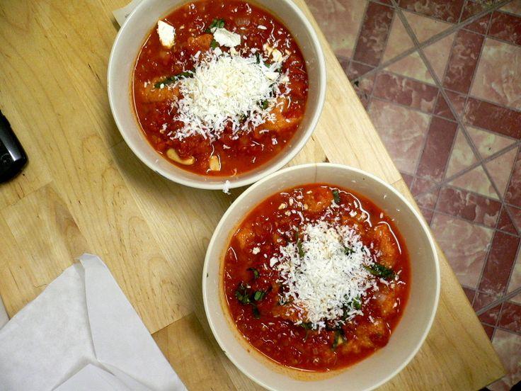 Tomato Bread Soup | Soup Sunday | Pinterest