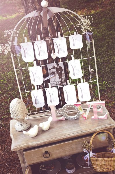 Wedding seating plan #vintage #birdcage #seatingplan