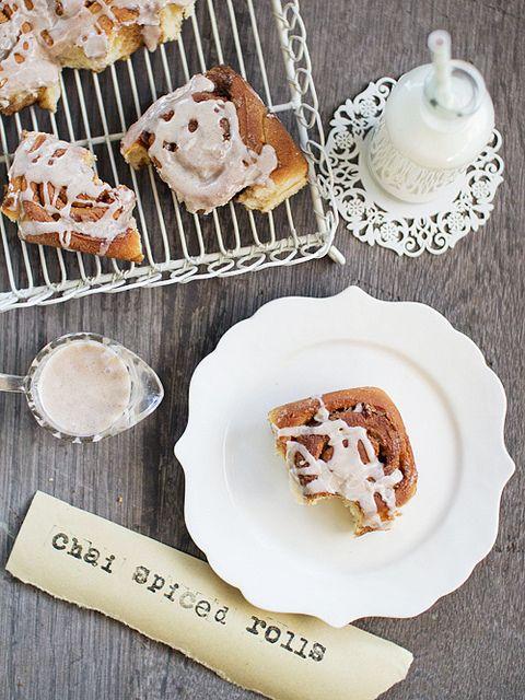 chai spiced rolls w/ cinnamon glaze... u can also add candied ginger 2 ...