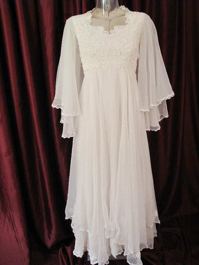 1970 39 s white chiffon 39 angel 39 vintage wedding gown for 1970s vintage wedding dresses