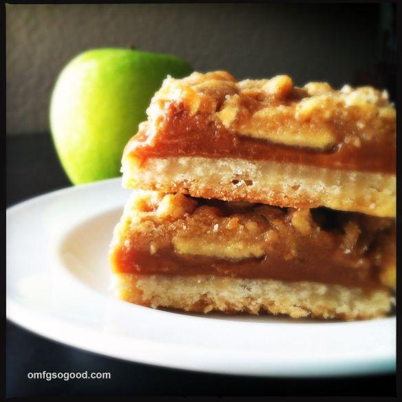 Caramel Apple Crumb Bars | Fall/Thanksgiving | Pinterest