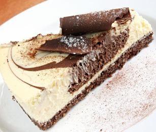 No-Bake Chocolate Swirl Cheesecake | Yummy Treats :) | Pinterest