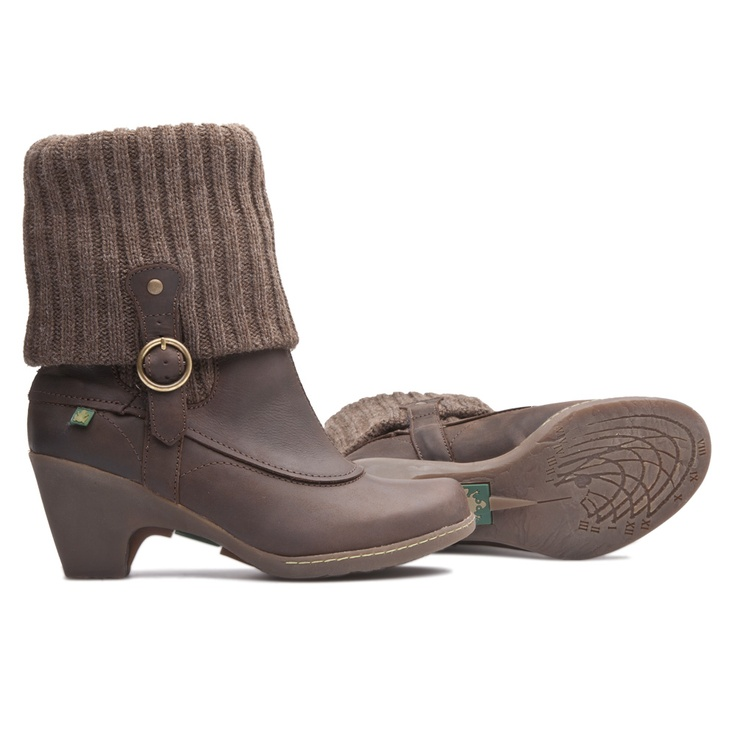 Elegant ankle boot (Solar Line), beautiful with trousers and lovely also with skirt www.shop.elnaturalista.com