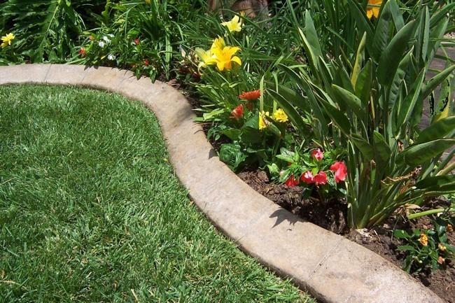 Garden diy concrete garden edging for the home pinterest for Diy landscape edging