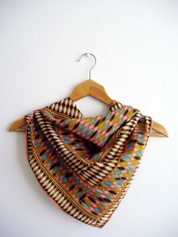 Fall colours printed scarf