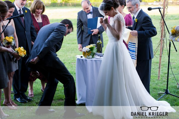 Five Under The Radar Jewish Wedding Traditions Www