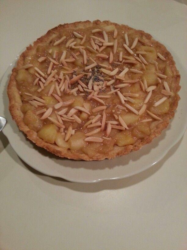 Lavender & White Chocolate Apple Tart | Favorite Recipes | Pinterest