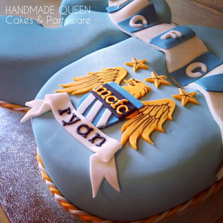 Manchester City 30th Birthday Cake  Cakes for all occasions by Handm ...